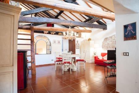 Appartamento con soppalco - Pitigliano