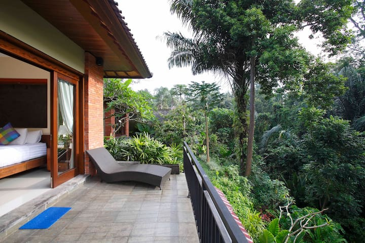 Affordable Luxury Villa with Tropical Forest View - Ubud - Villa