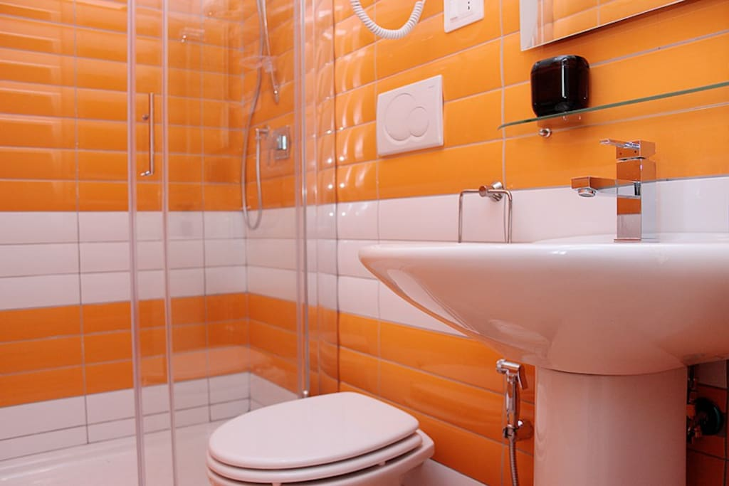 Funky retro colors in the luxurious private bathrooms