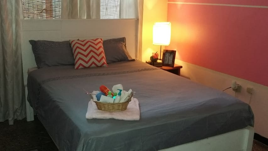 Comfy & Private | Ideal for Solo Female Travelers - Diego Martin - House
