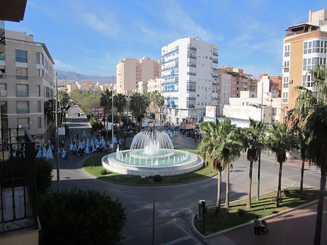 Flat for rent in Almería city with parking - Almería - Apartemen