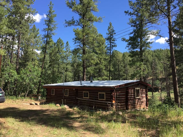 Martin Cabin - El Rito Cabins - Hermit's Peak