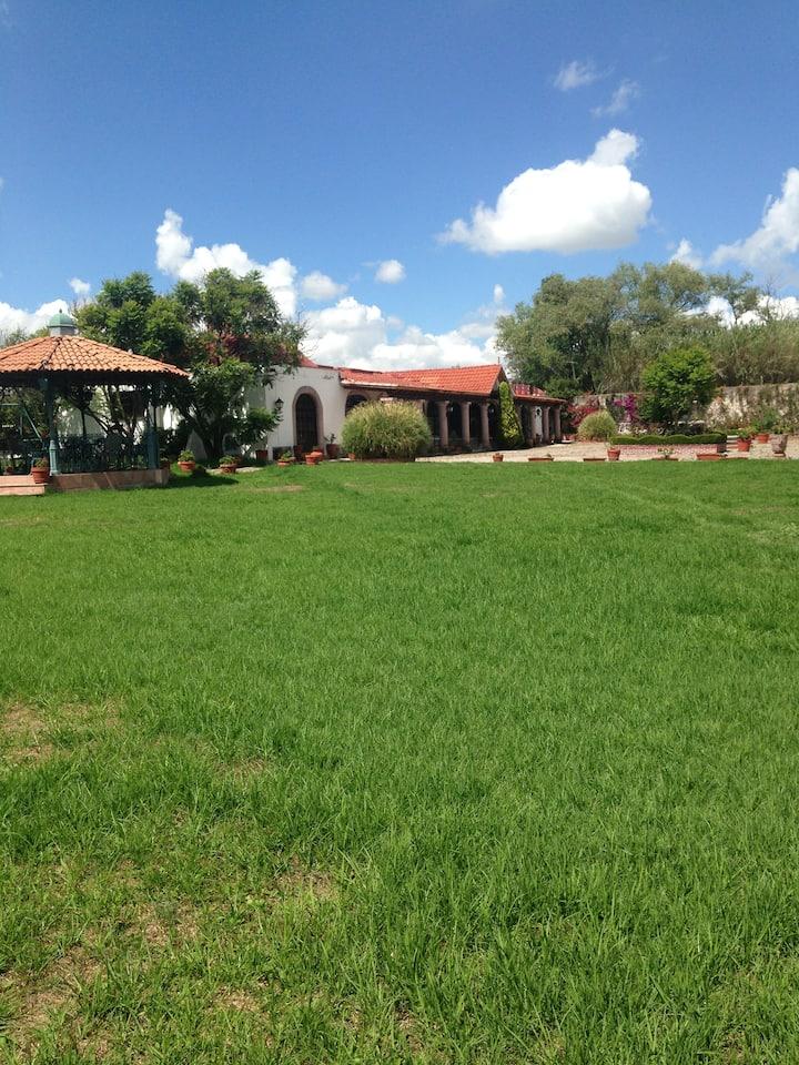 El de La Abuela. R3A's El Rancho de los Sueños