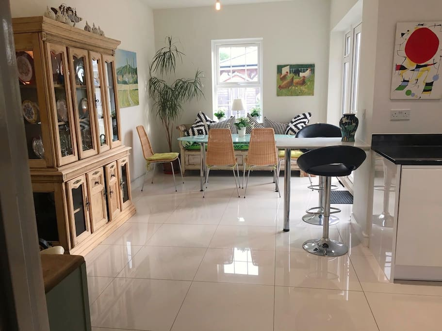 Spacious kitchen diner