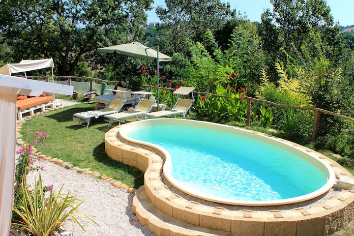 La Rupe del Falco - nature, pool and relax - Monteciccardo - Apartamento