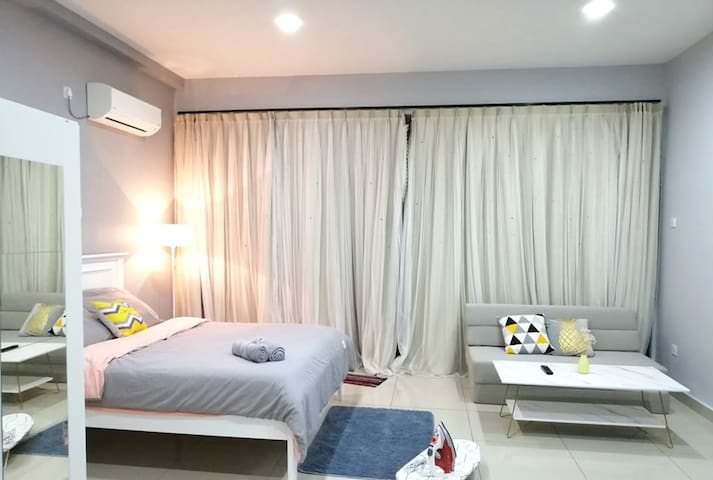 Johor TOPPEN IKEA Romantic 2pax WIFI Palazio