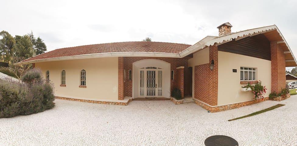 Suíte Master em mansão no Alto Capivari
