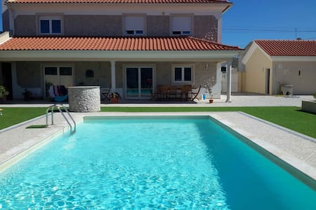One to three Rooms for rent in Villa (2/3)