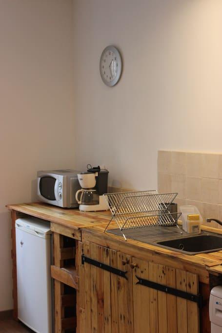 F2 meubl et tout quip centre ville appartements for Cuisine tout equipe
