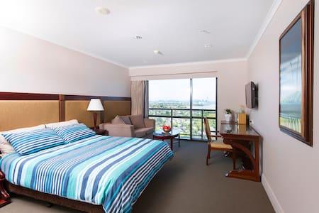 Beautiful Studio on 17th Floor, Takapuna - Auckland