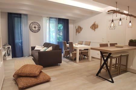 HOME DELUXE - appartamento in stile marino
