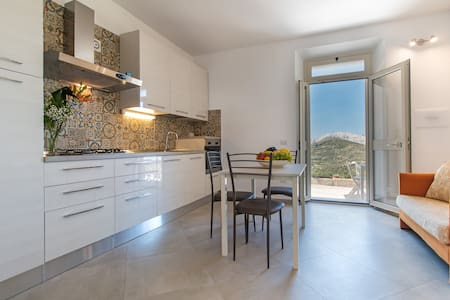 Romantic apartment close to Cala Gonone, AC, WIFI