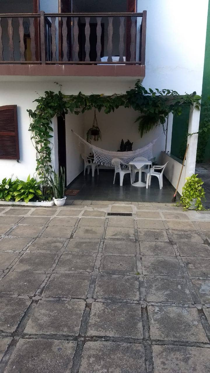 Casa em condomínio p/ até 10 p. - Rio das Ostras