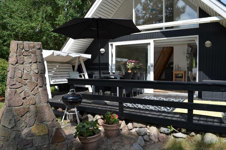 Dejligt hus på Langø tæt på strand - Martofte - Casa