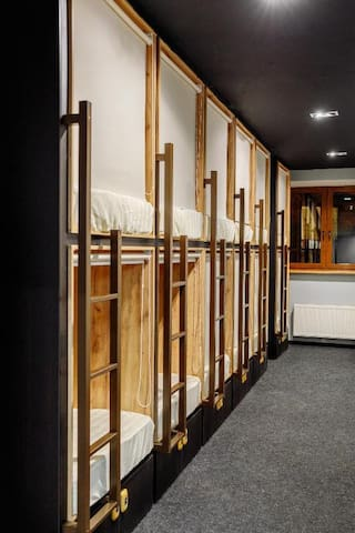 Capsule in 14-bed women's room