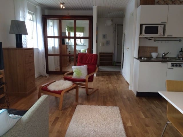 Modern appt near Stockholm and sea - Vaxholm - Apartemen