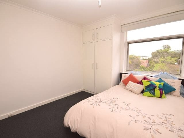 Bright and Sunny Right by St Kilda - Elwood - Appartement