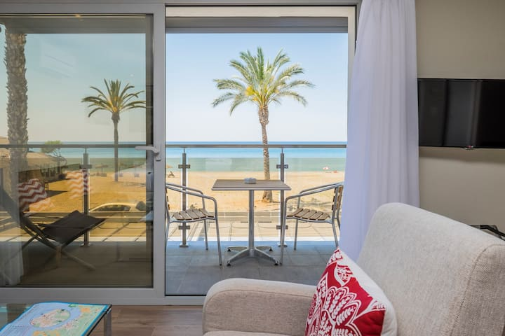 Suite con balcon sobre la playa - La Herradura - Bed & Breakfast