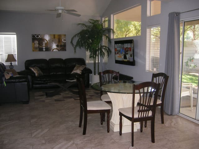 BEAUTIFUL 3 bd HOME, GREAT LOCATION