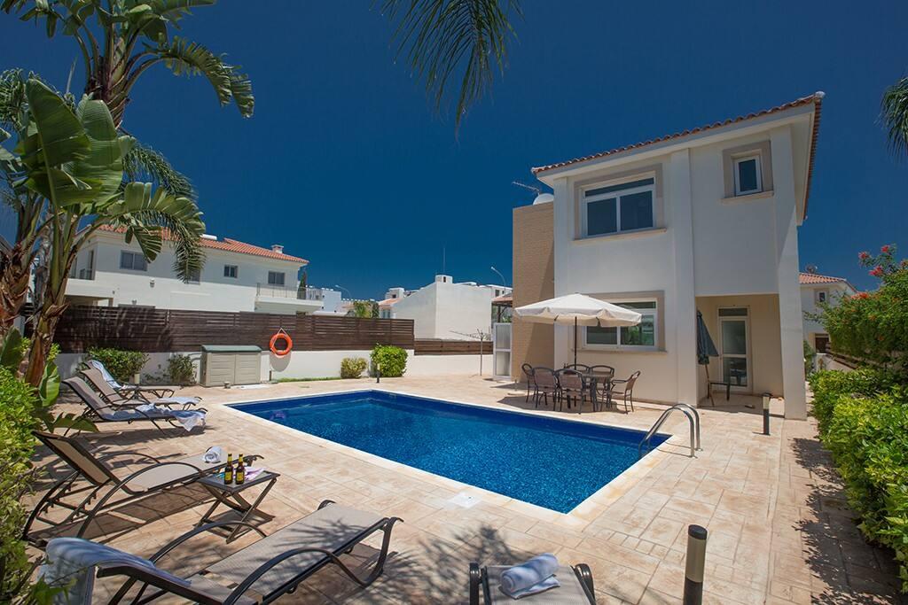 Villa Merly