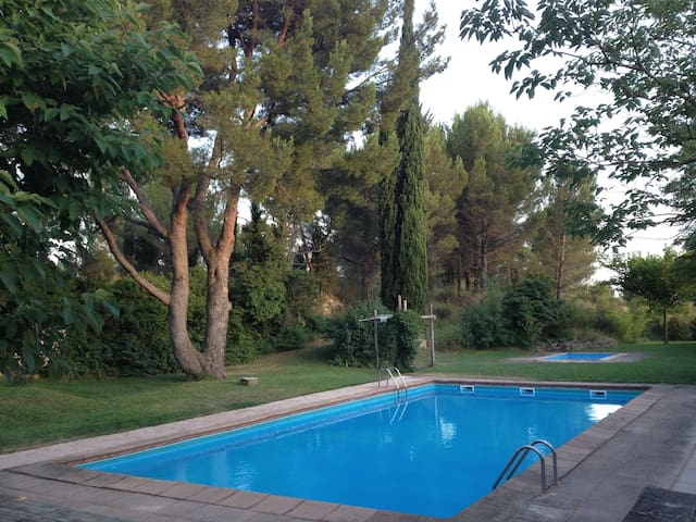 Attractive apartment rural Provence - Velleron - Apartment