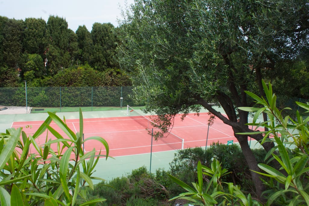 Private tennis court of the residence