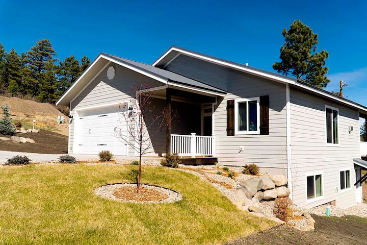 Downtown Pagosa Springs - Entire House
