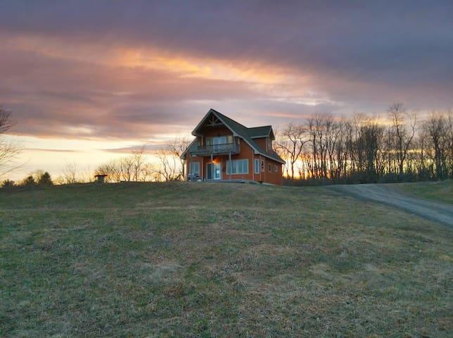 Saratoga Track - Schuylerville - Schuylerville - Hus