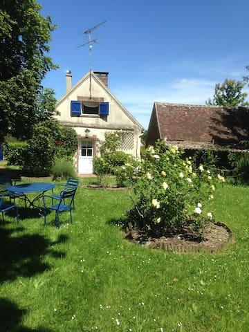Maison avec mare intégrée - Le Mesnil-Thomas - Casa