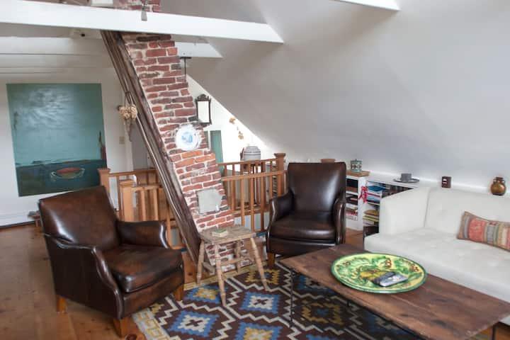 West End Artist's Loft