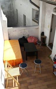 Studio centre historique + terrasse