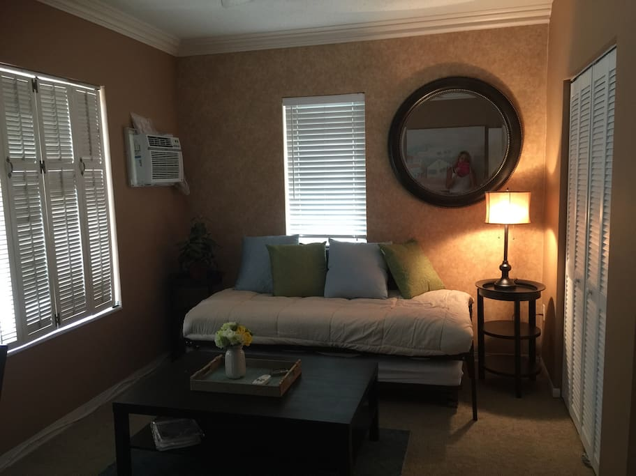 Charming Two Bedroom Efficiency Flats For Rent In Fort Lauderdale Florida