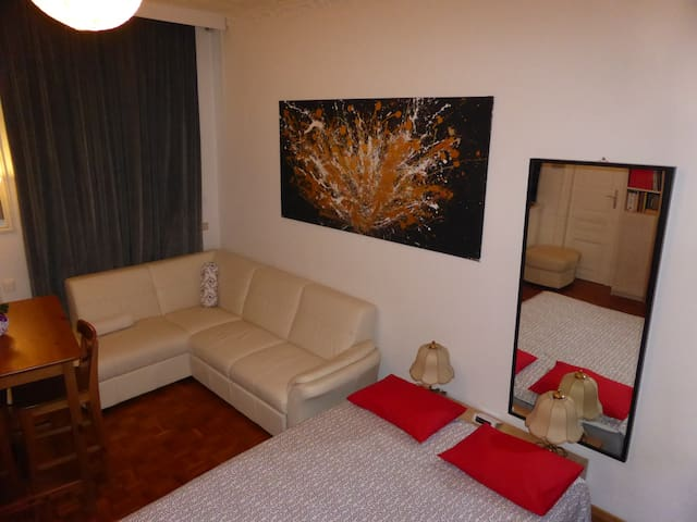 CLOSE CITY COSY APPART FULL COMFORT NICE AREA