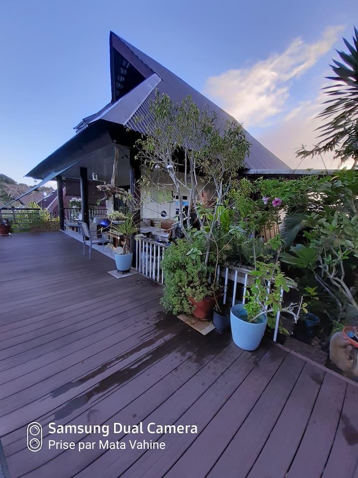 Petite Chambre d'hôte perchée dans la nature