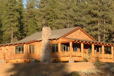 Creekside Cabin at Grizzly Ranch - Portola
