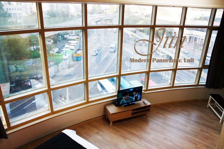Seoul station Loft with Panoramic view 5