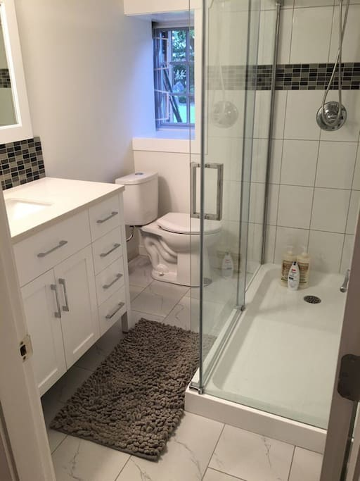 clean and new bathroom :)