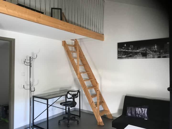 STUDIO 5 - 17 m2 Meublé + Mezzanine