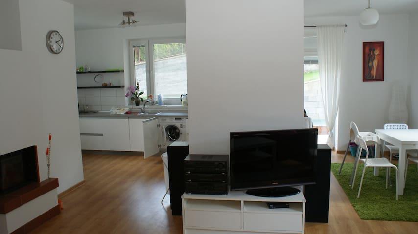 Penzion EMILIA 1 Bedr. Apt (large) - Ružomberok - 公寓