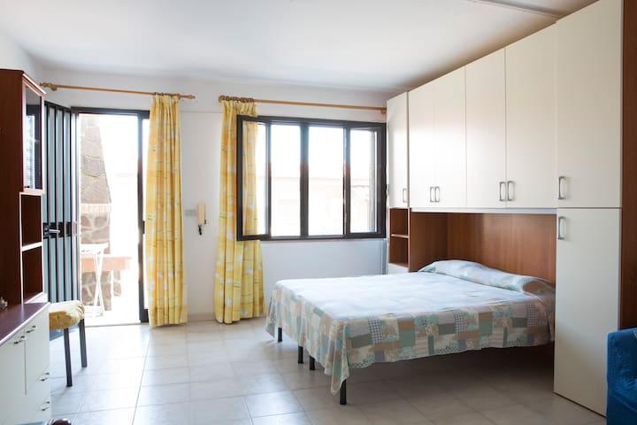 affitasi monolocale a 3 km dal mare - Bari Sardo - Lejlighed