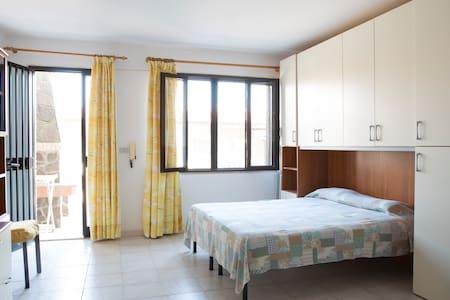 affitasi monolocale a 3 km dal mare - Bari Sardo