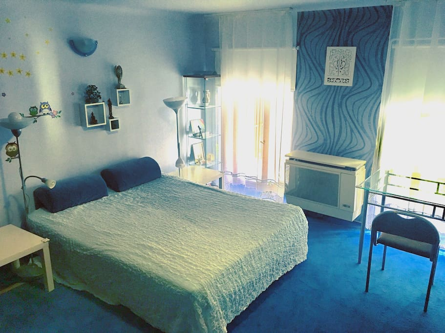 The blue Westend bedroom