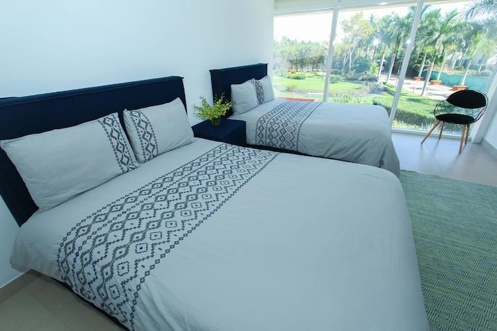 AMAZING BEACHFRONT GARDEN HOUSE 4BR @ TRES MARES