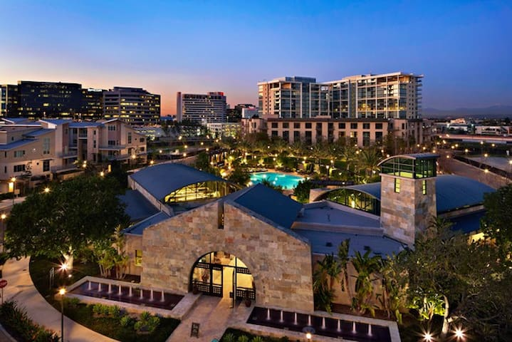 Luxury Condo in Irvine