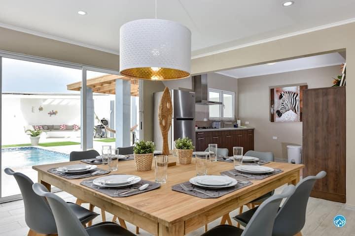 SUNSET RETREAT -Luxury villa- FULL REFUND