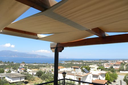 Loft With A Terrace With A View - Rododafni - Loft