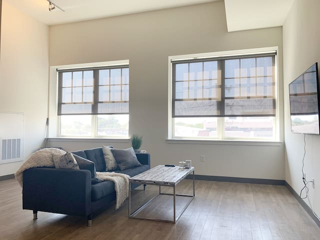 Private 1 bedroom loft