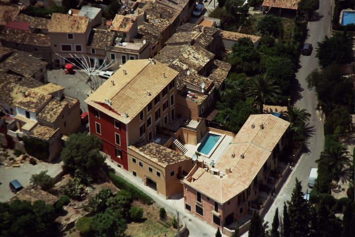 Spacious Alaro Loft Apartment - Alaró - Huoneisto