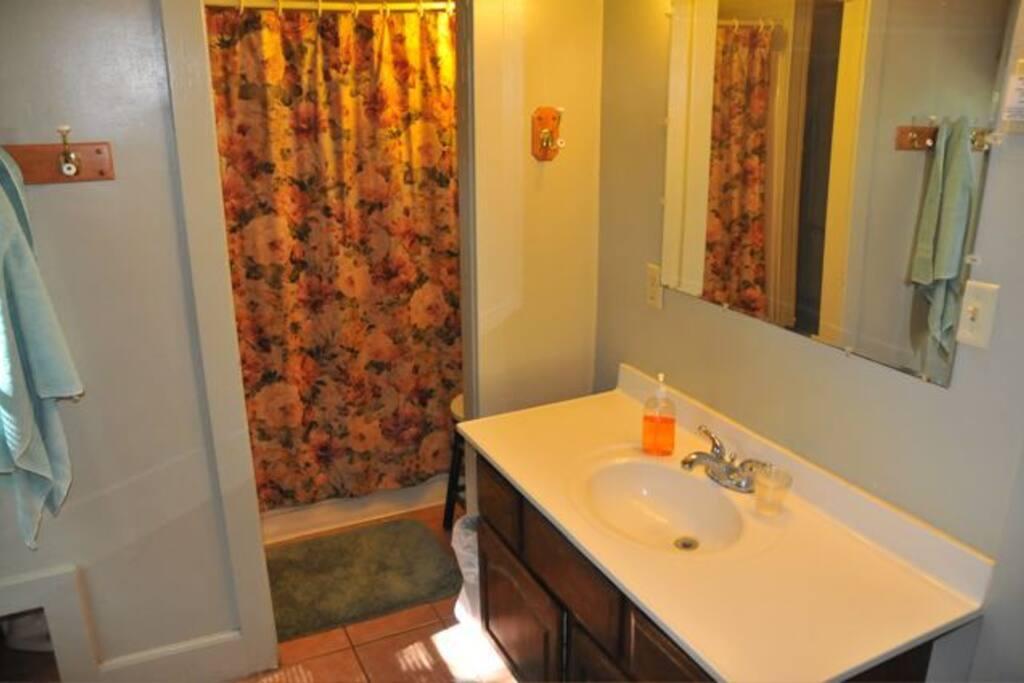 bathroom/second floor