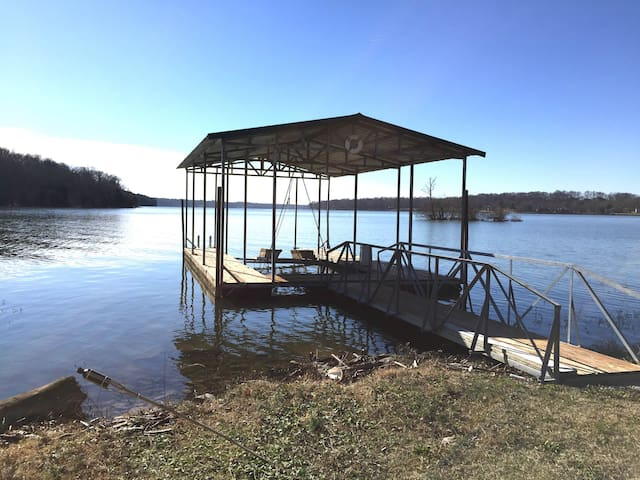 Nashville Lakehouse on Old Hickory, Two Foot Cove! - Mount Juliet - Hus